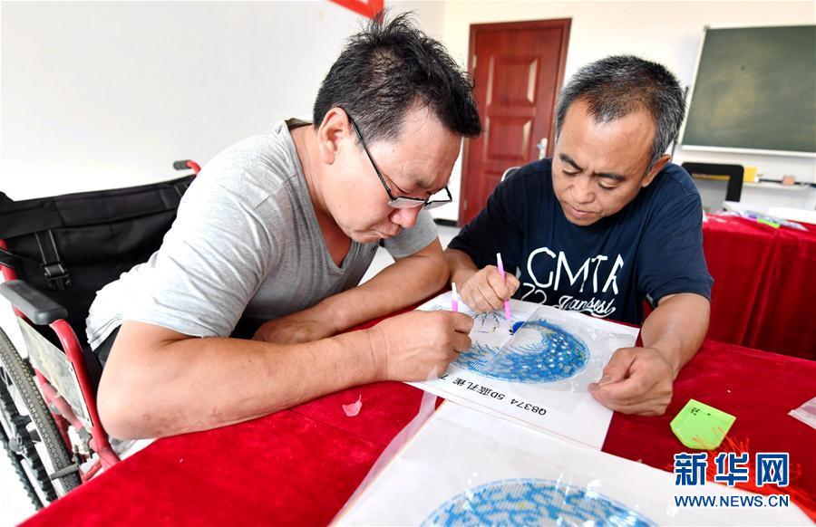 (社会)(4)河北安次:残疾人培训基地助力就业扶贫