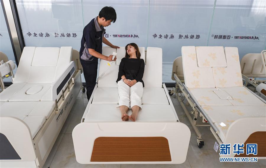 (經濟)(1)河北景縣:智能醫療器械遠銷海外