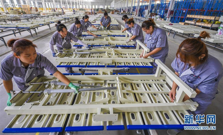(经济)(2)河北景县:智能医疗器械远销海外