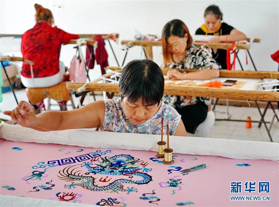 (社会)(2)河北肃宁:传承传统戏曲服装服饰制作技艺