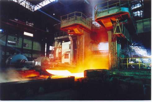 邯鋼三米四輥中板軋機生産場景