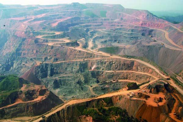 亞洲最大露天採礦