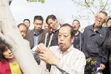 電影《李保國》河北農大首映引發熱烈反響