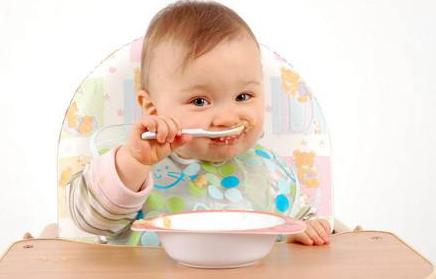 小宝宝饮食要掌握三大原则