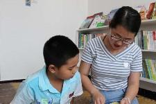 """河北围场:""""原书屋""""儿童公益阅读新乐园"""