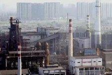 唐山:钢铁去产能开始拆除设备