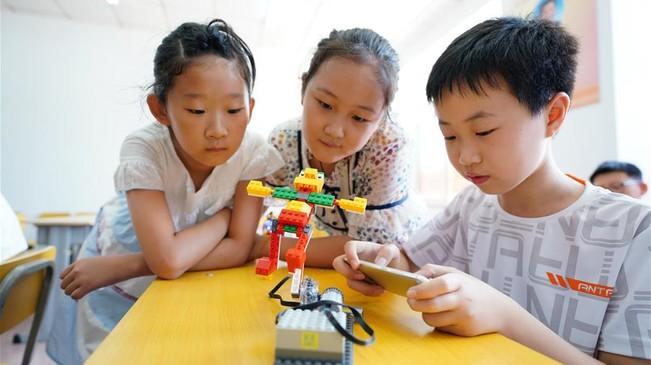 河北唐山:乐享科技度暑假