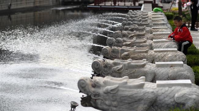 河北承德:整治水環境 旱河換新顏