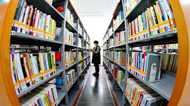河北宣化:改造图书馆搭建全民阅读平台