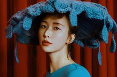 林志玲呈现独立美 神秘充满力量