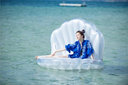 《妻子2》袁咏仪和大海亲密接触 超吸睛