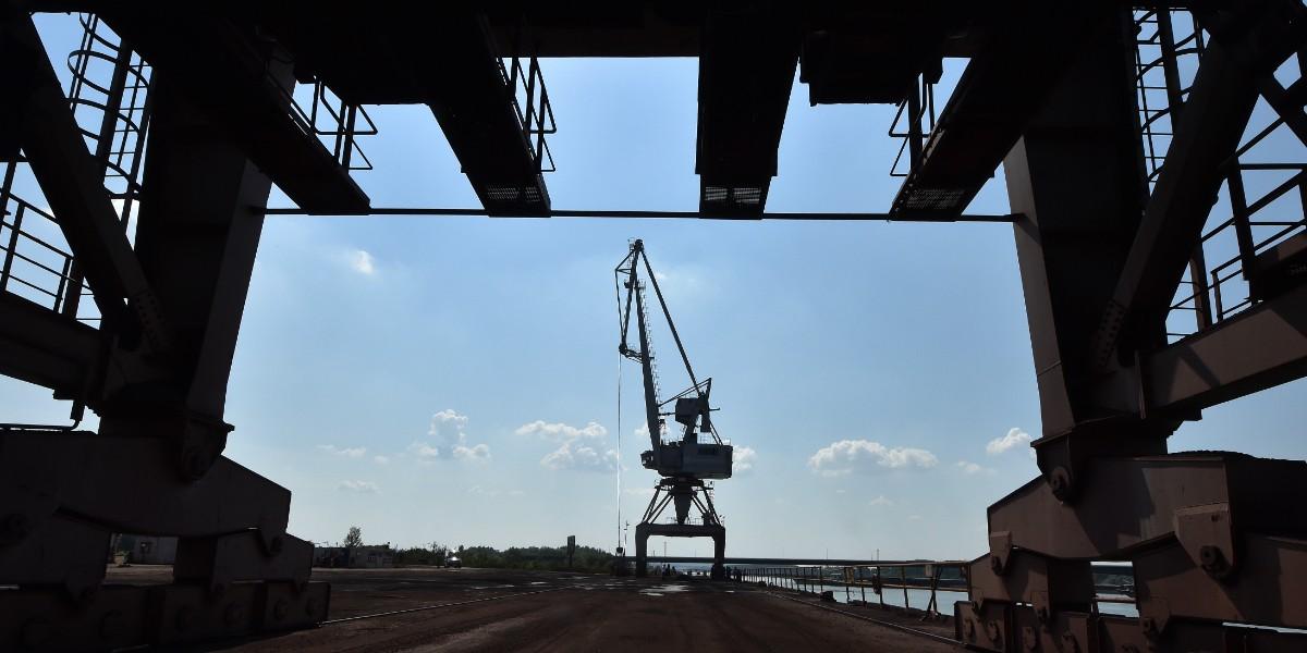 河鋼塞爾維亞公司新港碼頭