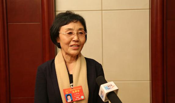 王煥榮:堅持育民 讓鄉親們的精神更富足