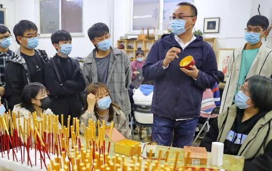 秦皇島:職業教育展風採