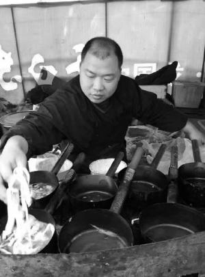 创业故事丨厨师王建华:从摆摊到拥有品牌面馆