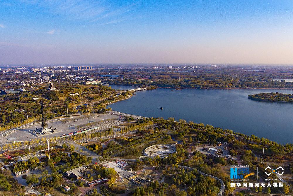 """【""""飞阅""""中国】俯瞰河北唐山多彩南湖生态风景区"""