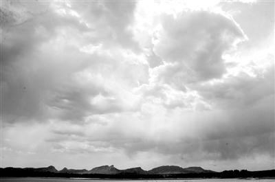 微信背景早晨太阳蓝天白云风景图片